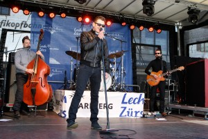 Tanzcafe¦ü Arlberg The Baseballs by Peter Moser-EQ Images
