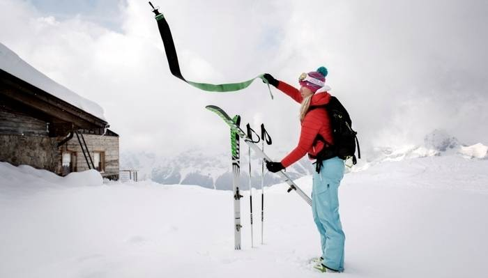 scialpinista-si-prepara-alla-discesa-1414665497862